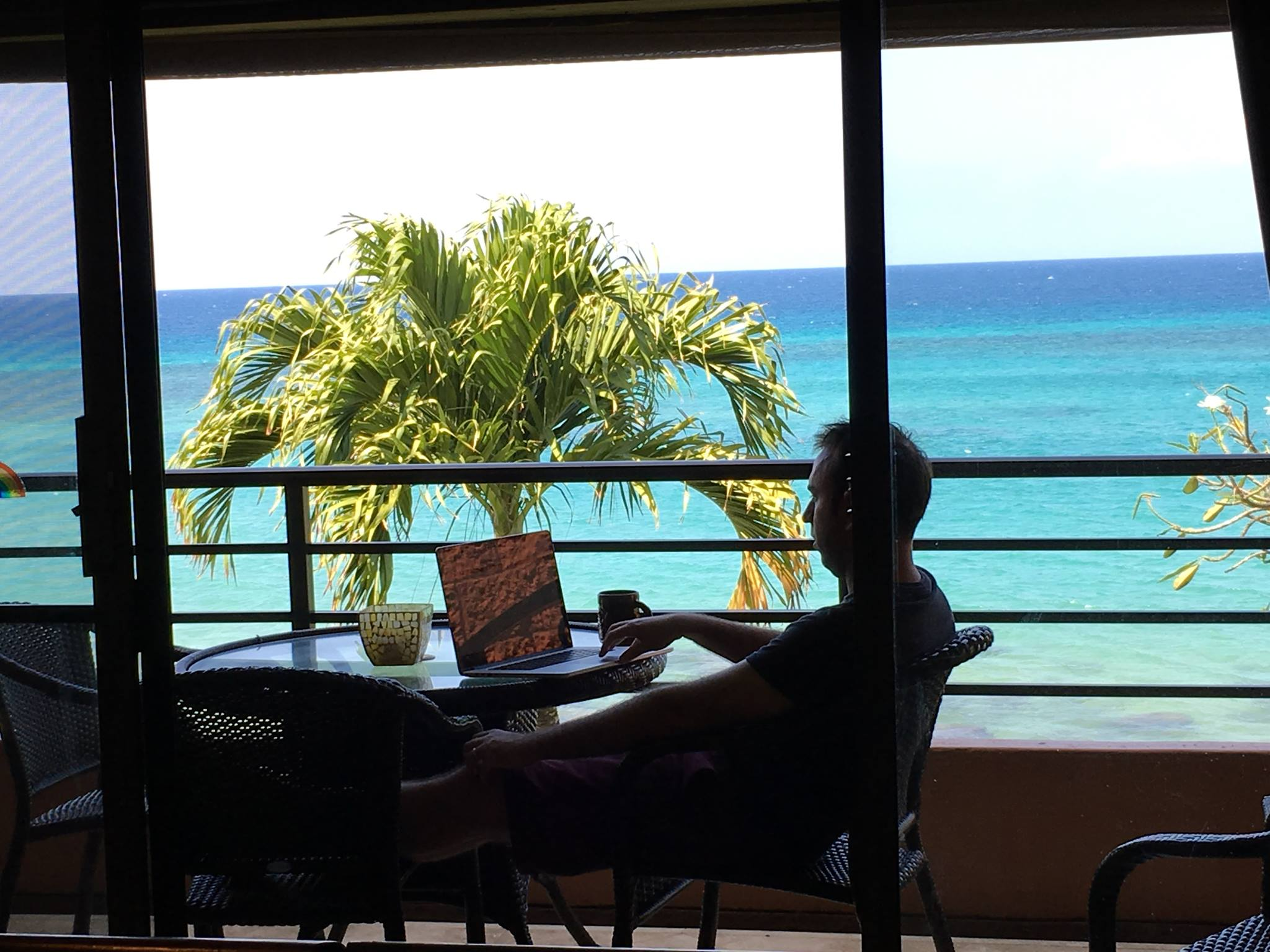 How To Ease Into Life As A Digital Nomad - Or How To Not Jump In The Deep End